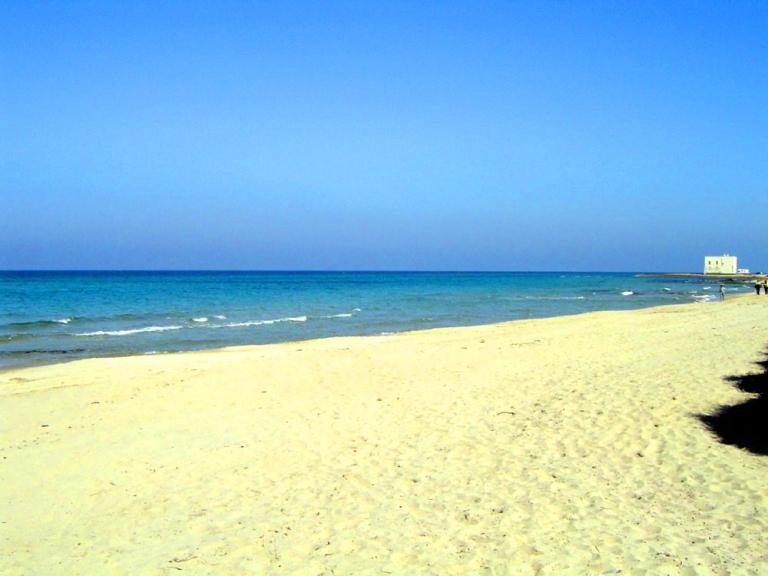 Matrimonio Spiaggia Ostuni : Lido morelli bellissima spiaggia nel parco naturale delle